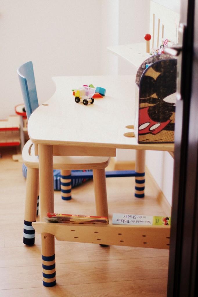 biurko do pokoju dziecięcego, biurka dla dzieci, pokoik dziecka, biurko Haba