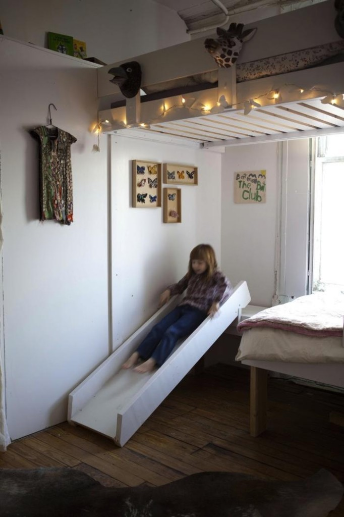 700_girls-slide-on-bed-childrens-room