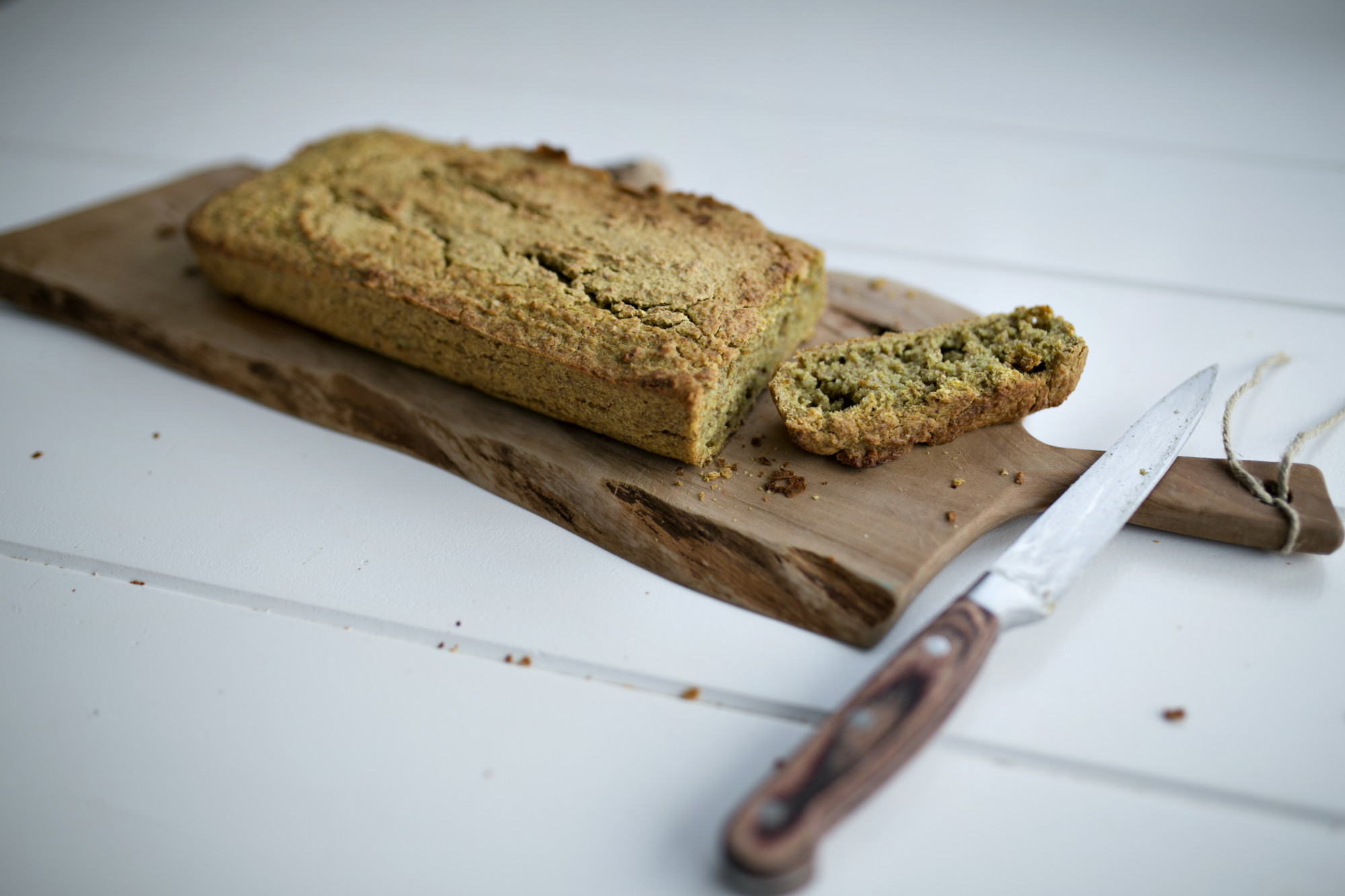 chlebek gryczany, smalec z fasoli, pasta z fasoli, chleb z mąki gryczanej