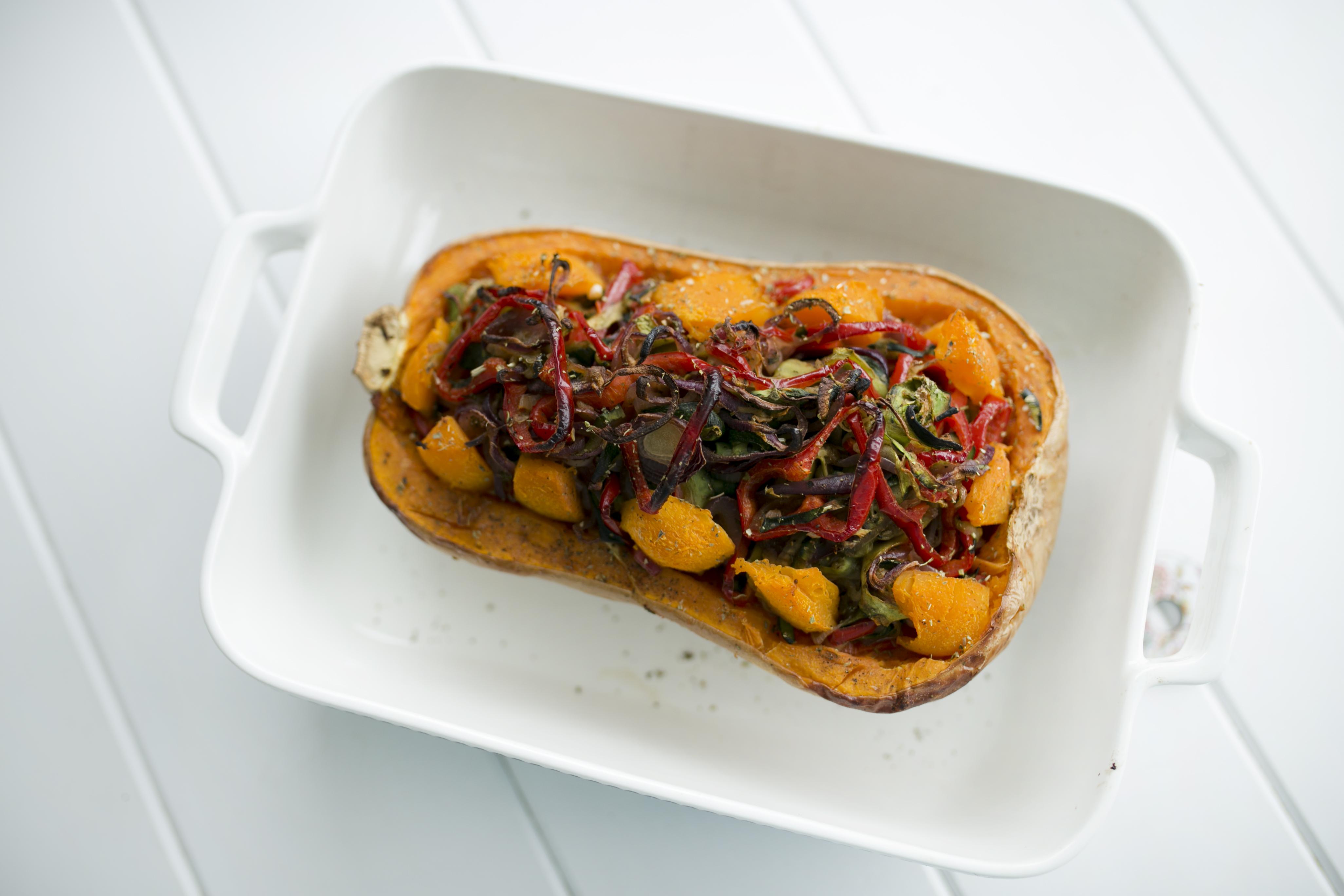 Dynia faszerowana warzywami, dieta dąbrowskiej
