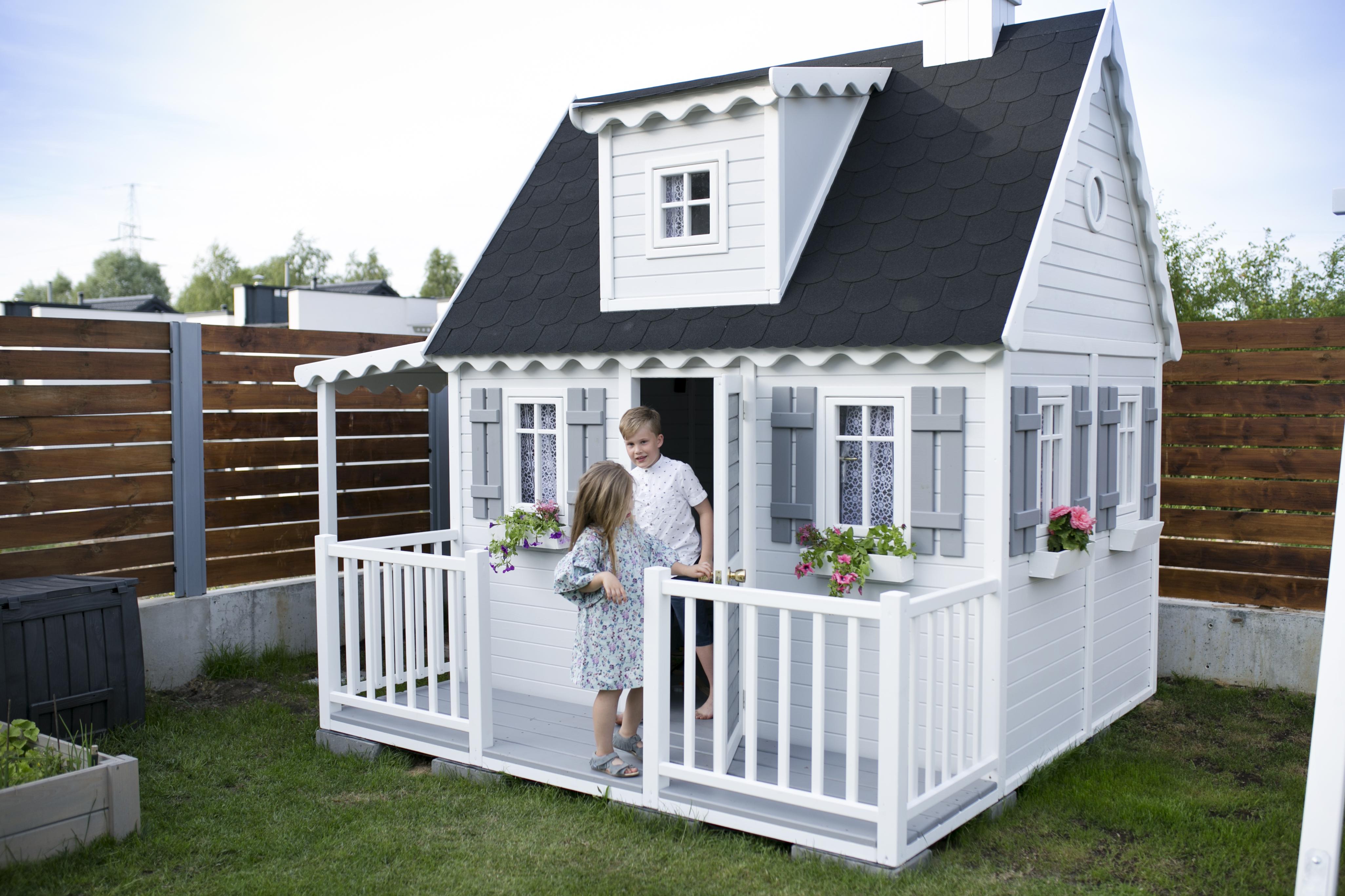 domek drewniany, domek ogrodowy dla dzieci