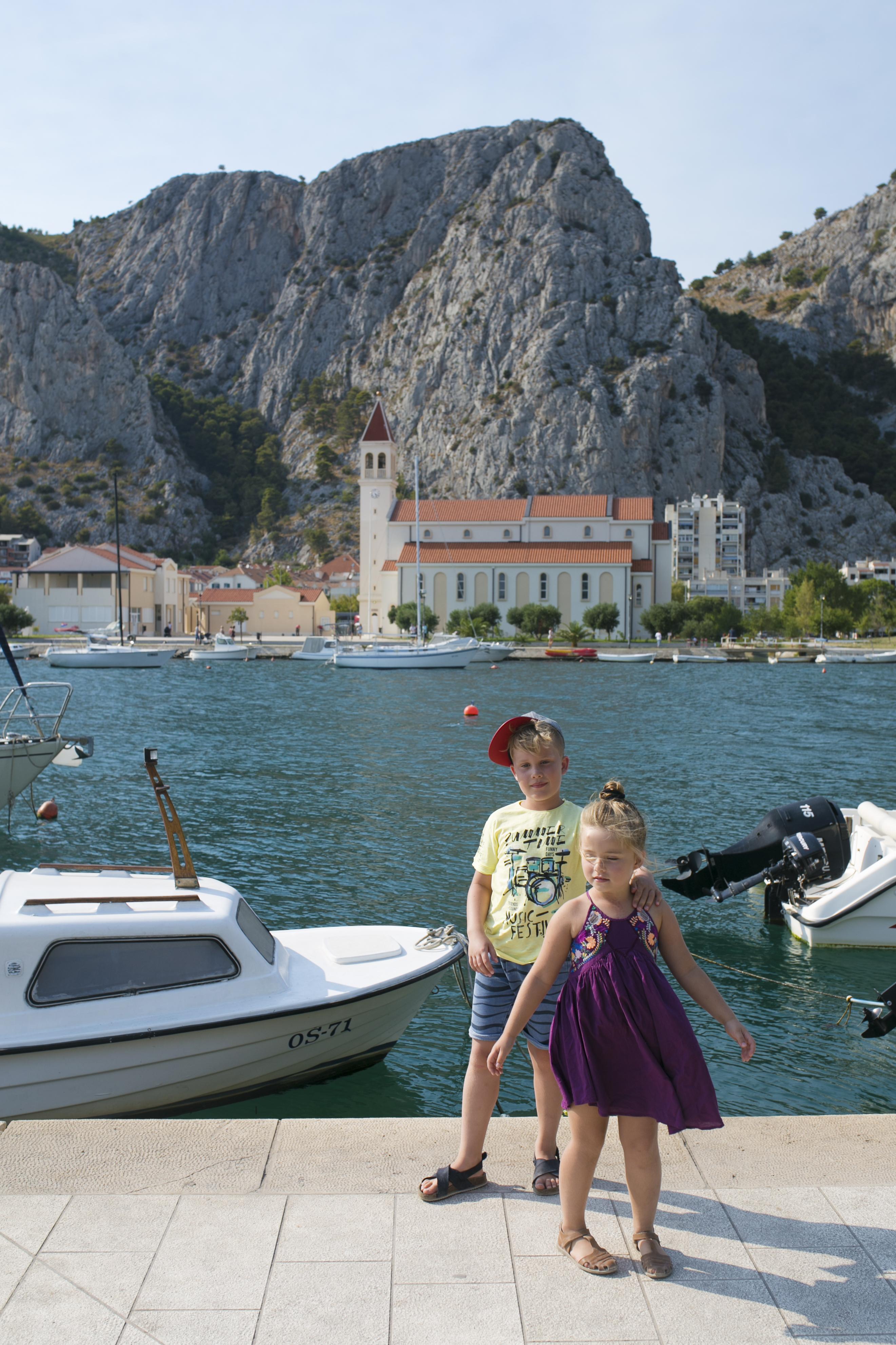 chorwacja, croatia, Omis, Omis port, Omis z dziećmi