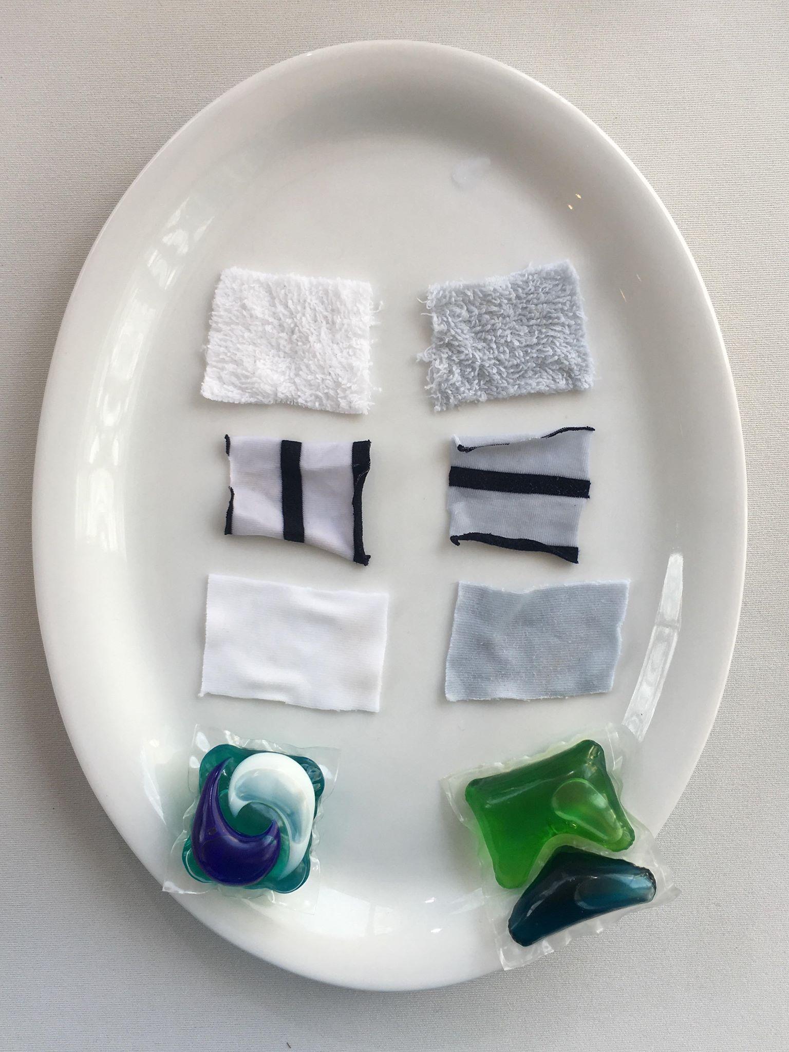 apsułki do prania, kaspułki ARIEL pod