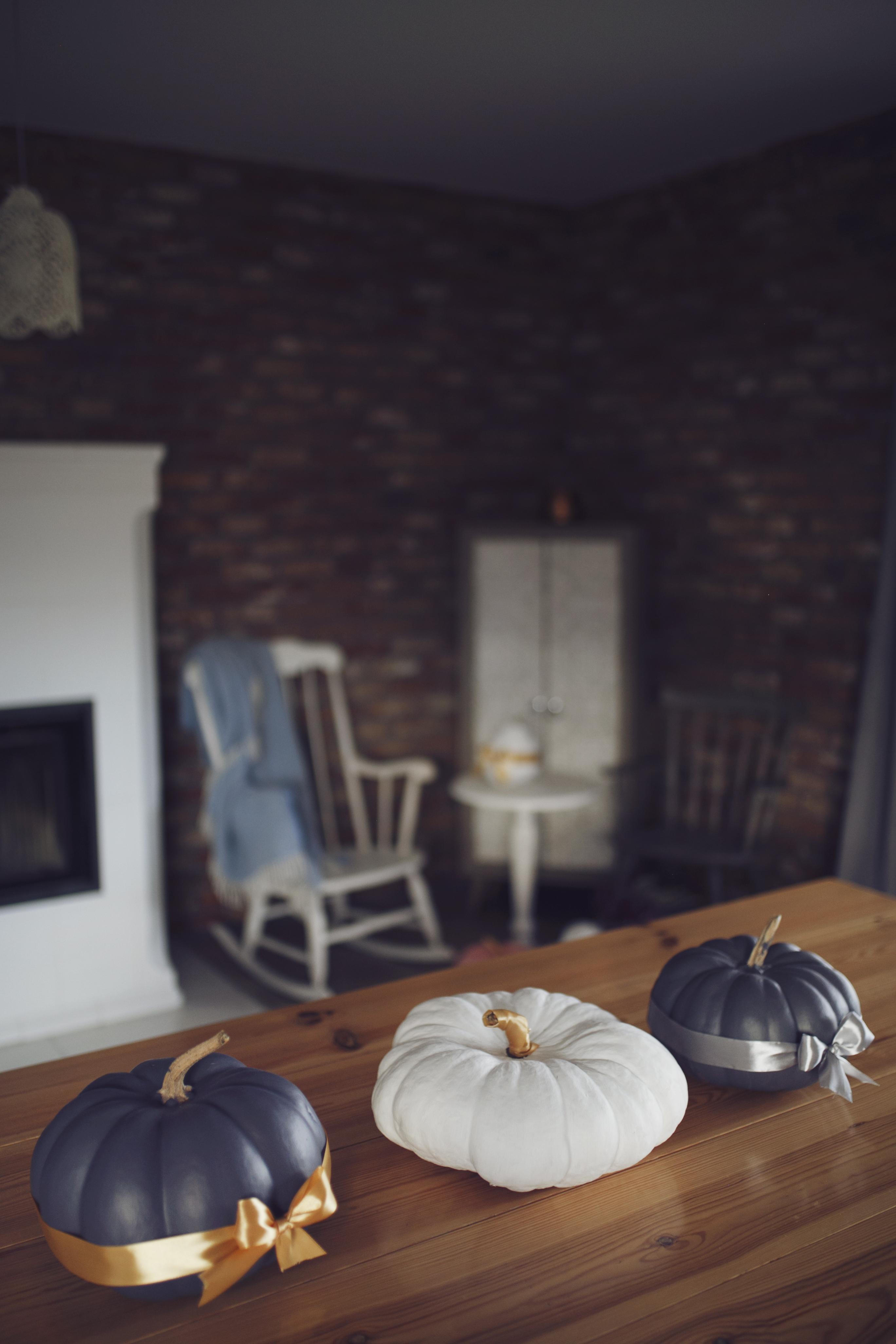 malowane dynie, painted pumpkins